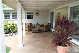 689  Old Mokapu Rd Kaimalino, Kailua home - photo 8 of 10