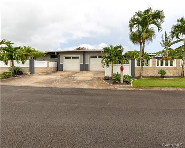 69  Kaluhea St Wahiawa Area, Central home - photo 1 of 18