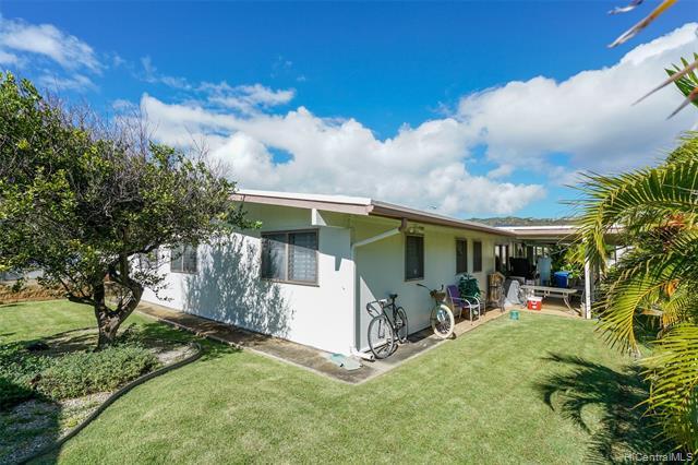 691  Kalalea Street Koko Head Terrace, Hawaii Kai home - photo 3 of 25
