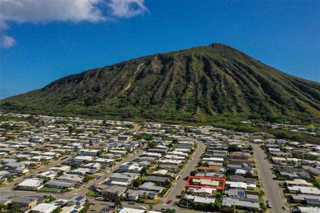 691  Kalalea Street Koko Head Terrace, Hawaii Kai home - photo 24 of 25