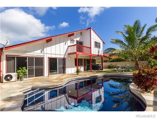 691  Kalanipuu St Mariners Cove, Hawaii Kai home - photo 1 of 23