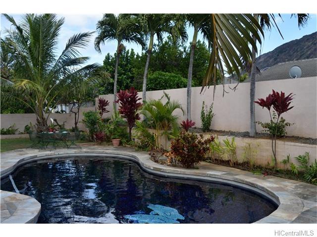 691  Kalanipuu St Mariners Cove, Hawaii Kai home - photo 18 of 23