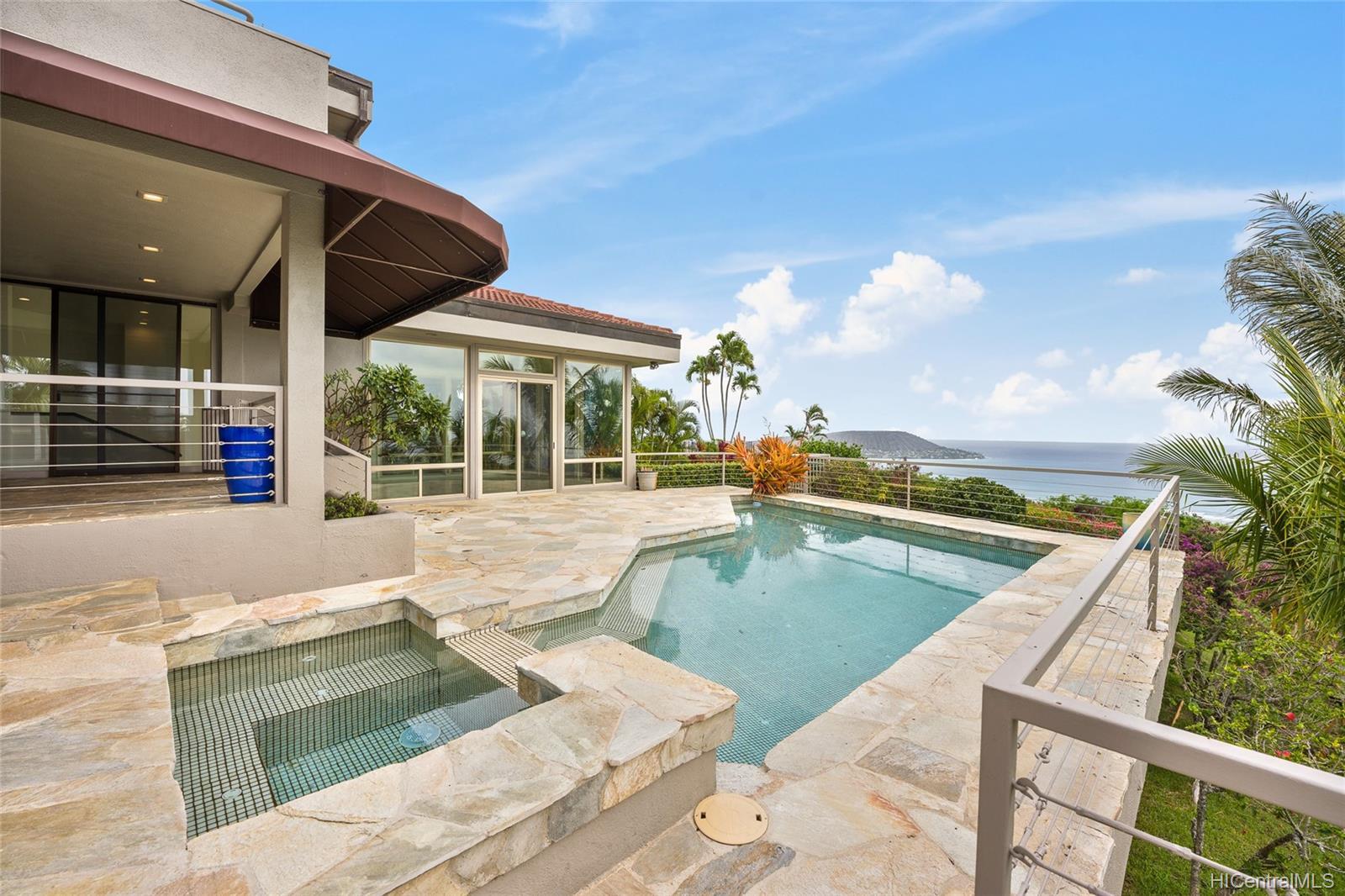 691 Kaulana Place Honolulu - Rental - photo 1 of 25