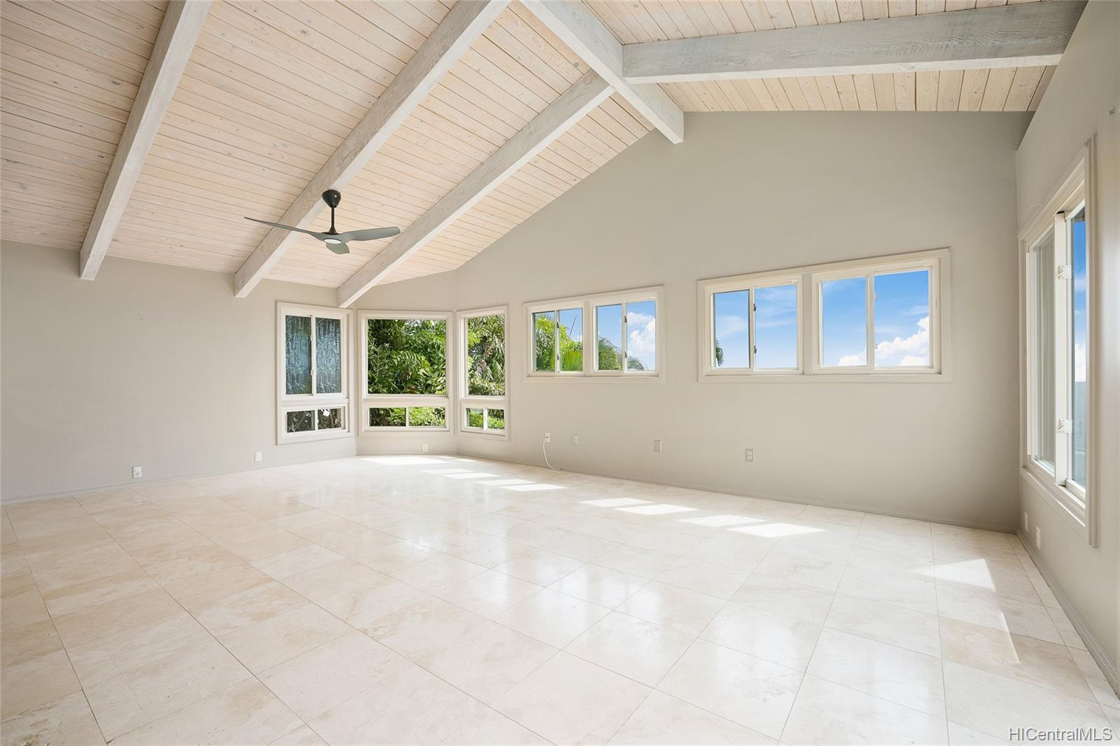 691 Kaulana Place Honolulu - Rental - photo 14 of 25