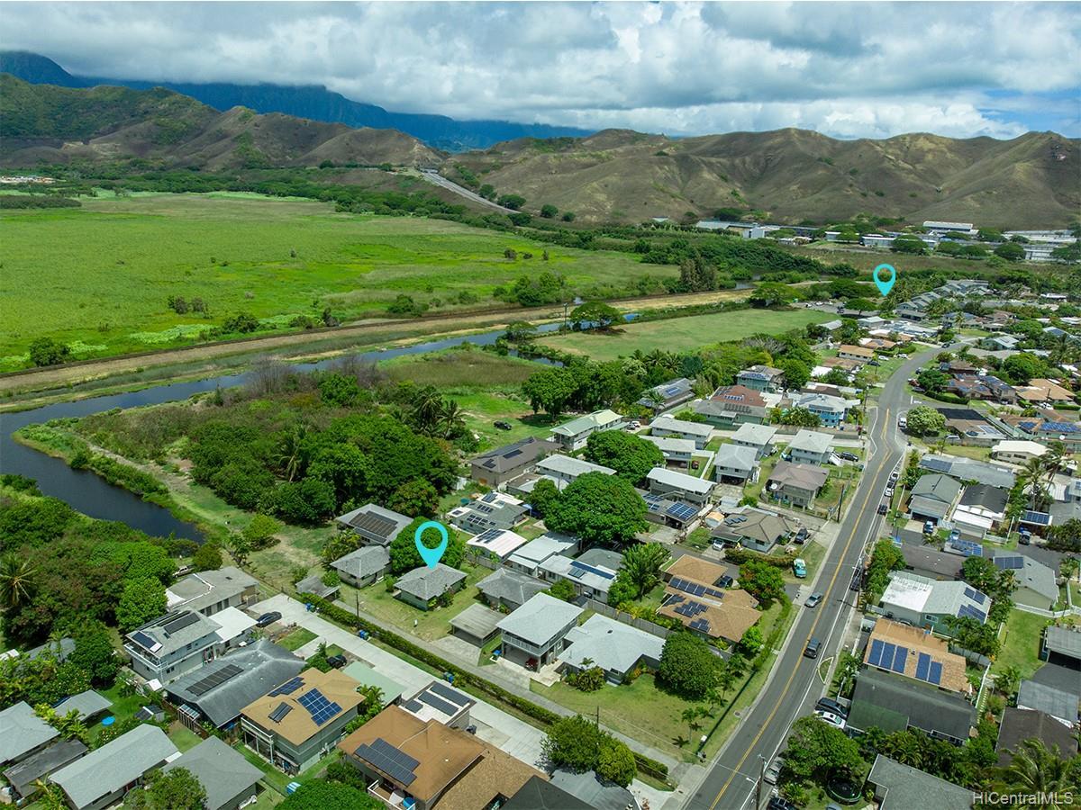 691  Kihapai Street Coconut Grove, Kailua home - photo 1 of 22