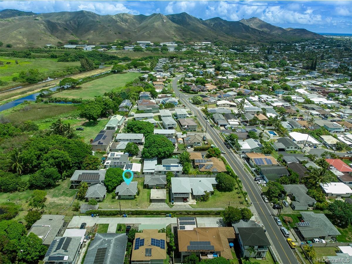 691  Kihapai Street Coconut Grove, Kailua home - photo 17 of 22