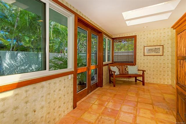 693  Old Mokapu Road Kaimalino, Kailua home - photo 15 of 25