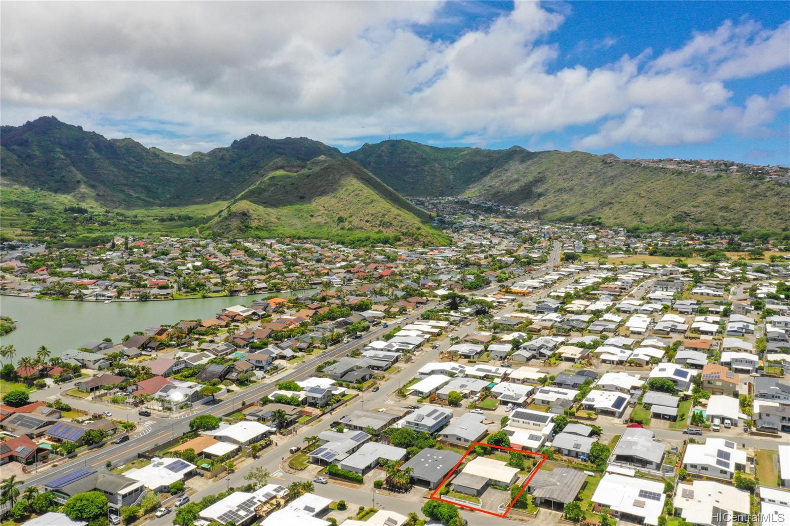 694  Kalalea Street Koko Head Terrace, Hawaii Kai home - photo 23 of 25