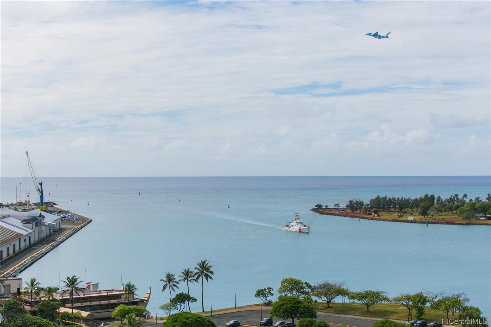 Harbor Square condo # 1410, Honolulu, Hawaii - photo 0 of 25