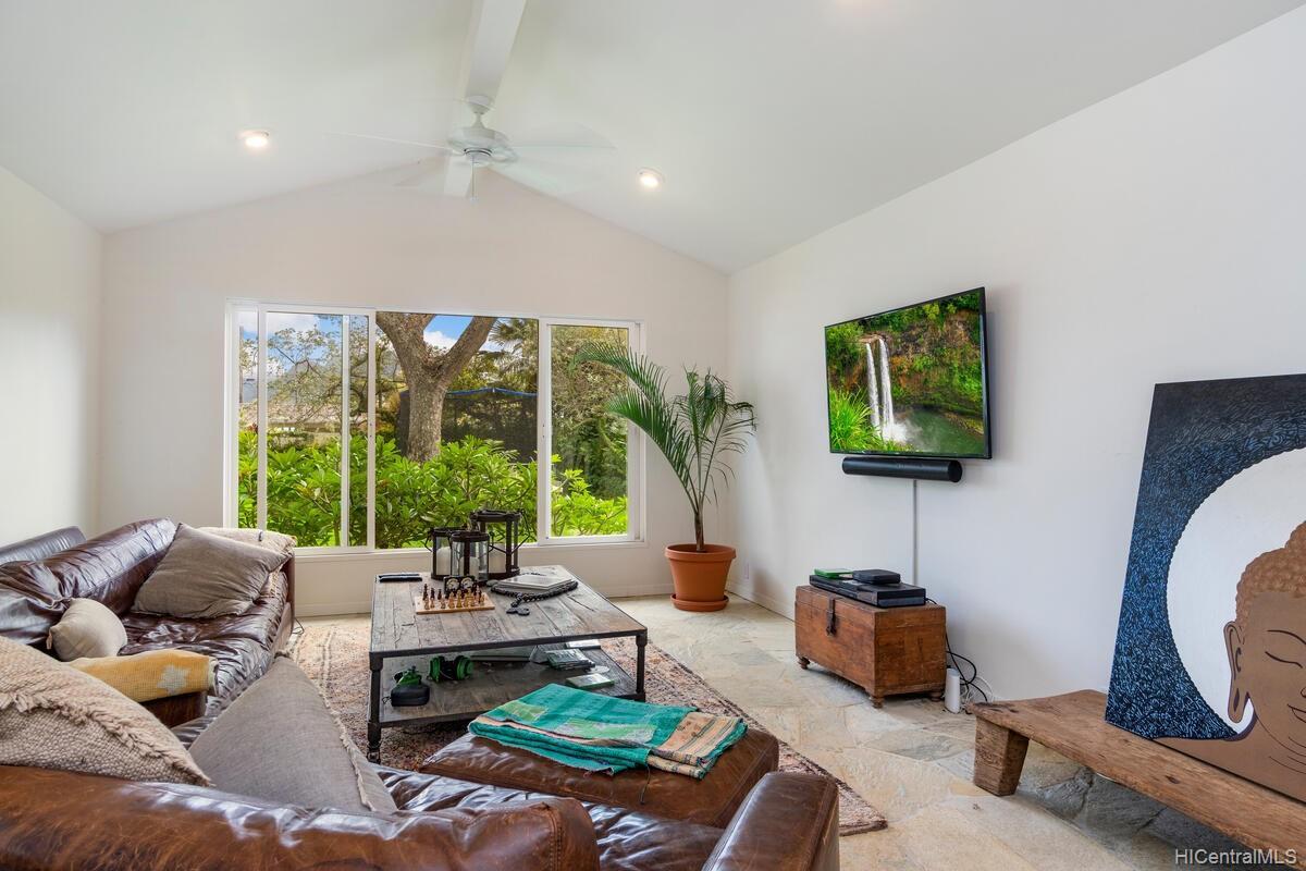 71  S Kalaheo Ave Kuulei Tract, Kailua home - photo 8 of 16