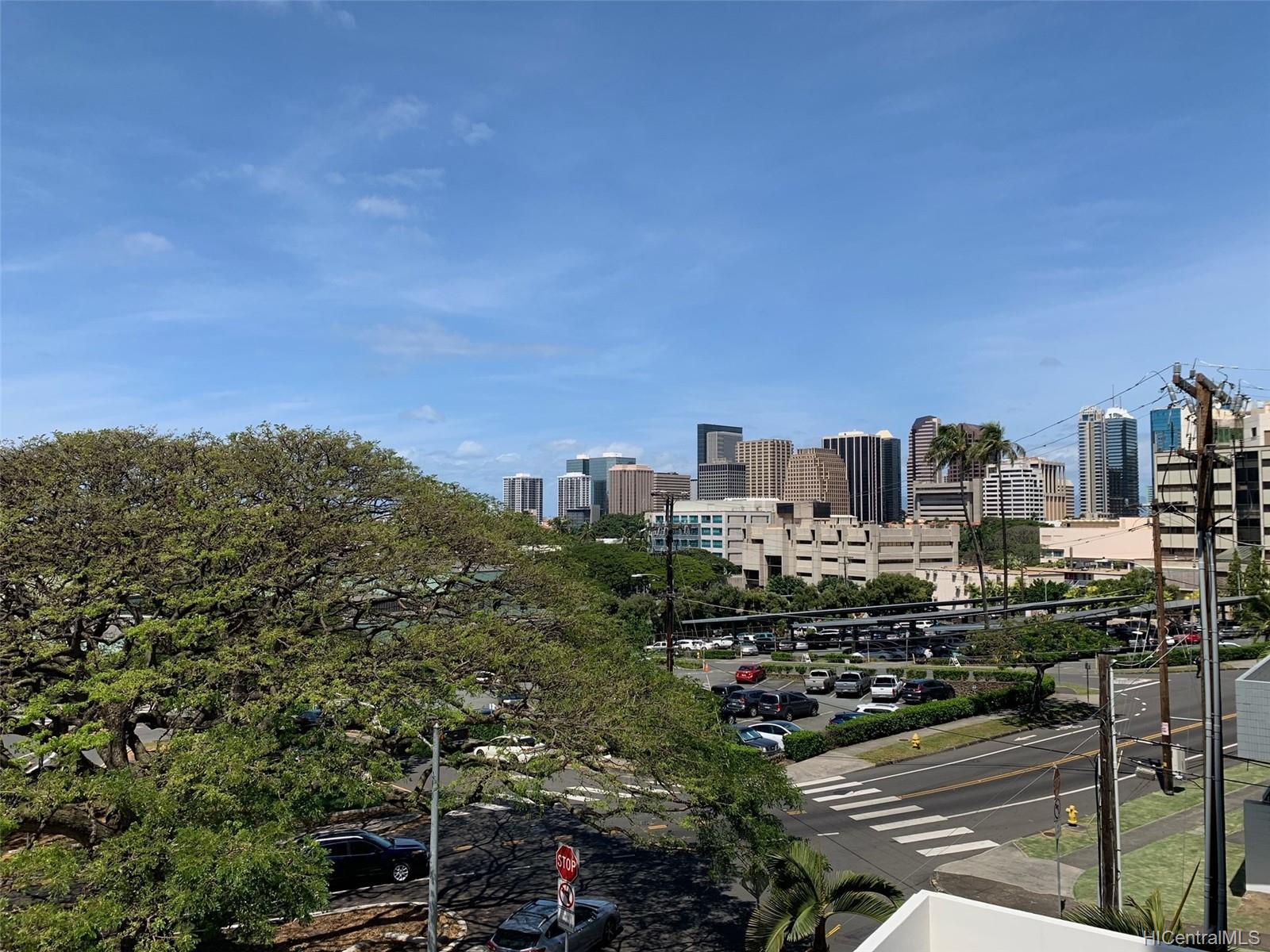 Lunalilo Tower condo # 403, Honolulu, Hawaii - photo 11 of 13