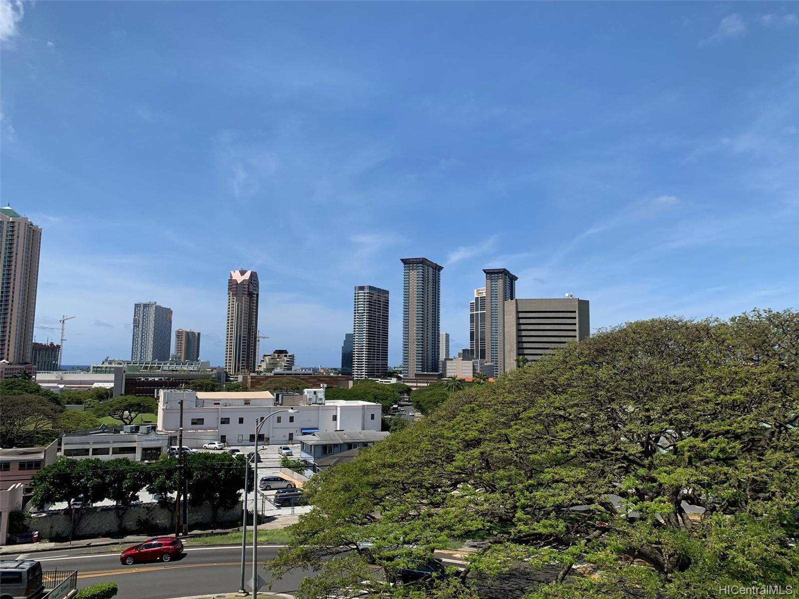 Lunalilo Tower condo # 403, Honolulu, Hawaii - photo 12 of 13