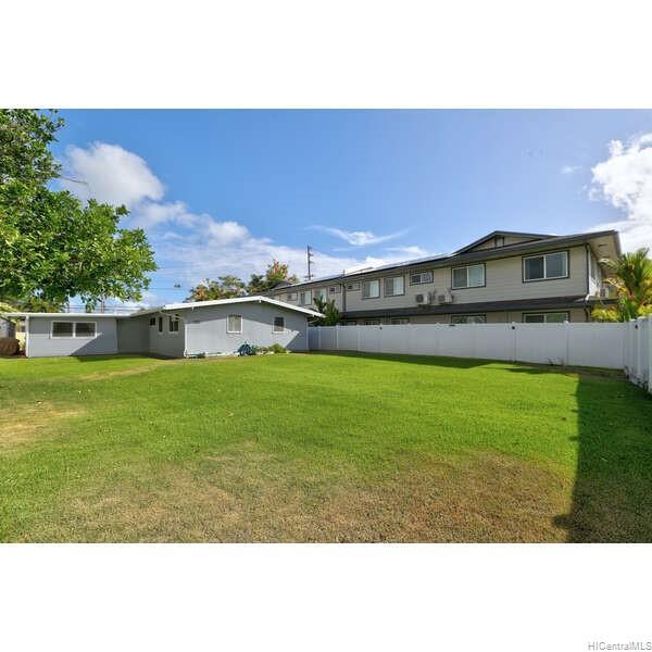 715  Akumu Street Enchanted Lake, Kailua home - photo 15 of 20