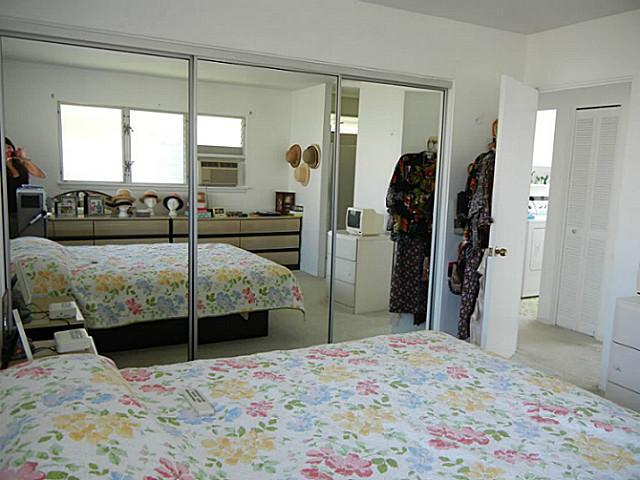 7224  Kuahono St Mariners Valley, Hawaii Kai home - photo 15 of 19