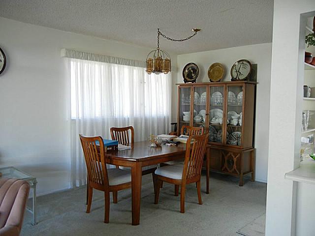 7224  Kuahono St Mariners Valley, Hawaii Kai home - photo 8 of 19