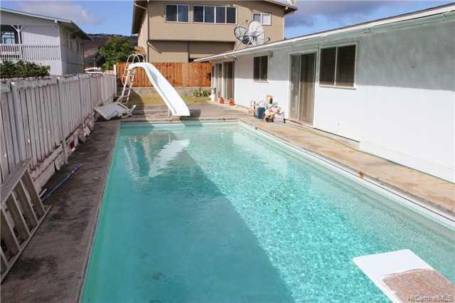 7236  Aipo Pl Koko Head Terrace, Hawaii Kai home - photo 2 of 10