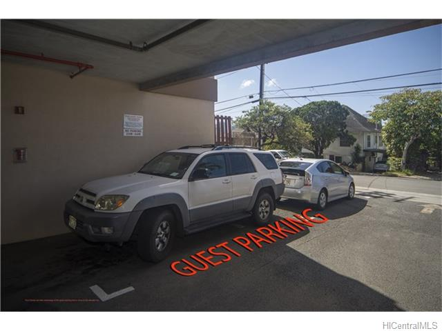 Spencer Terrace condo # 201, Honolulu, Hawaii - photo 15 of 16