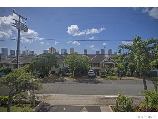 Spencer Terrace condo # 201, Honolulu, Hawaii - photo 4 of 16