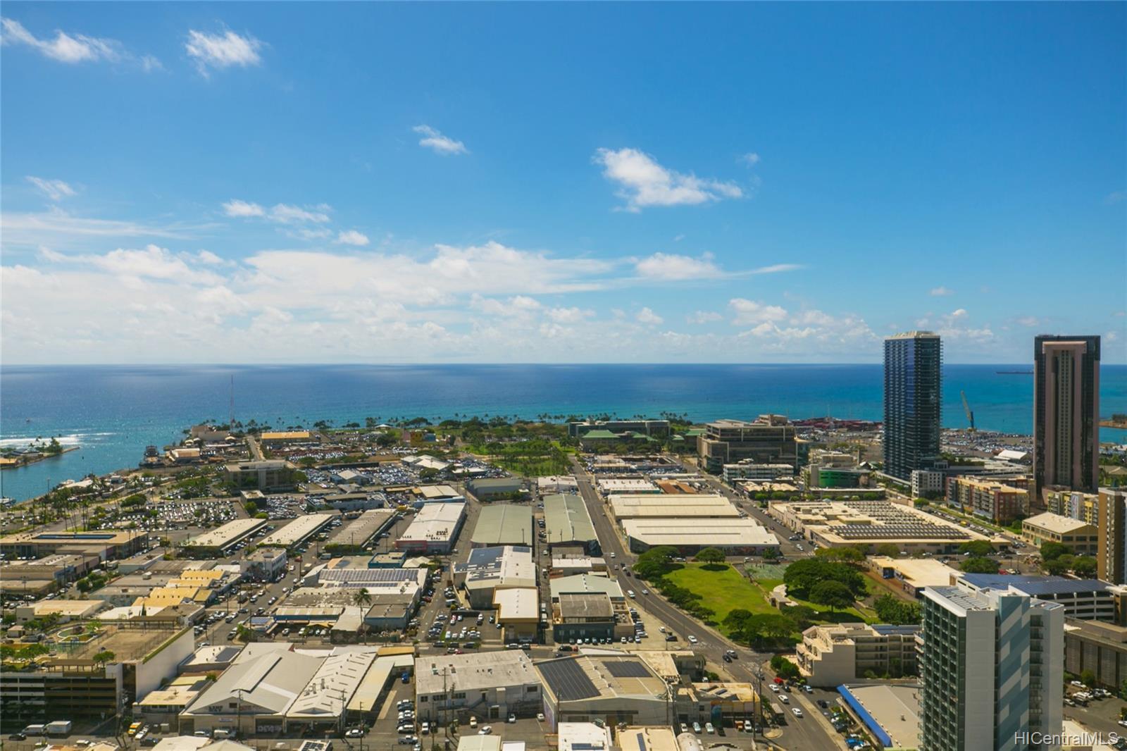 Imperial Plaza condo # 3602, Honolulu, Hawaii - photo 2 of 25