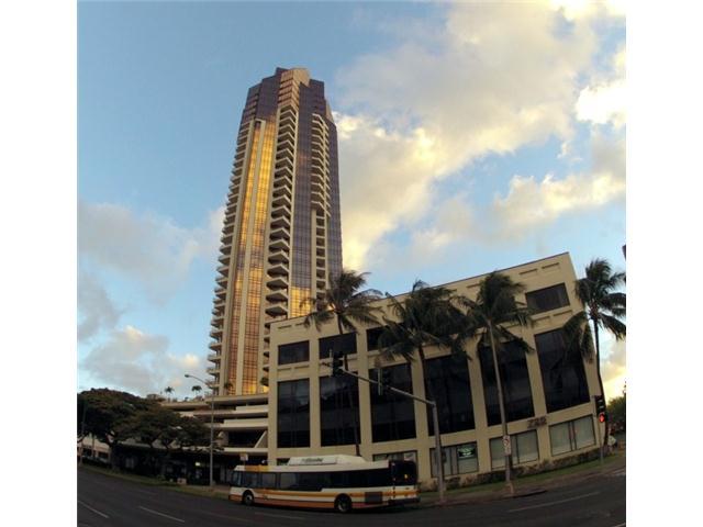 Imperial Plaza condo #2704, Honolulu, Hawaii - photo 1 of 20