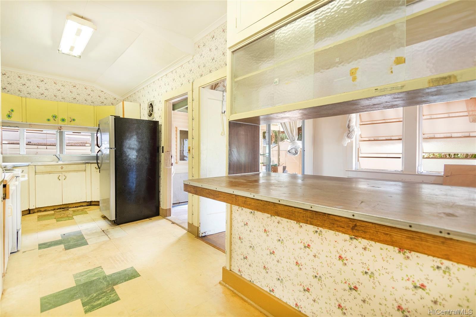 729  12th Ave Kaimuki, Diamond Head home - photo 12 of 25