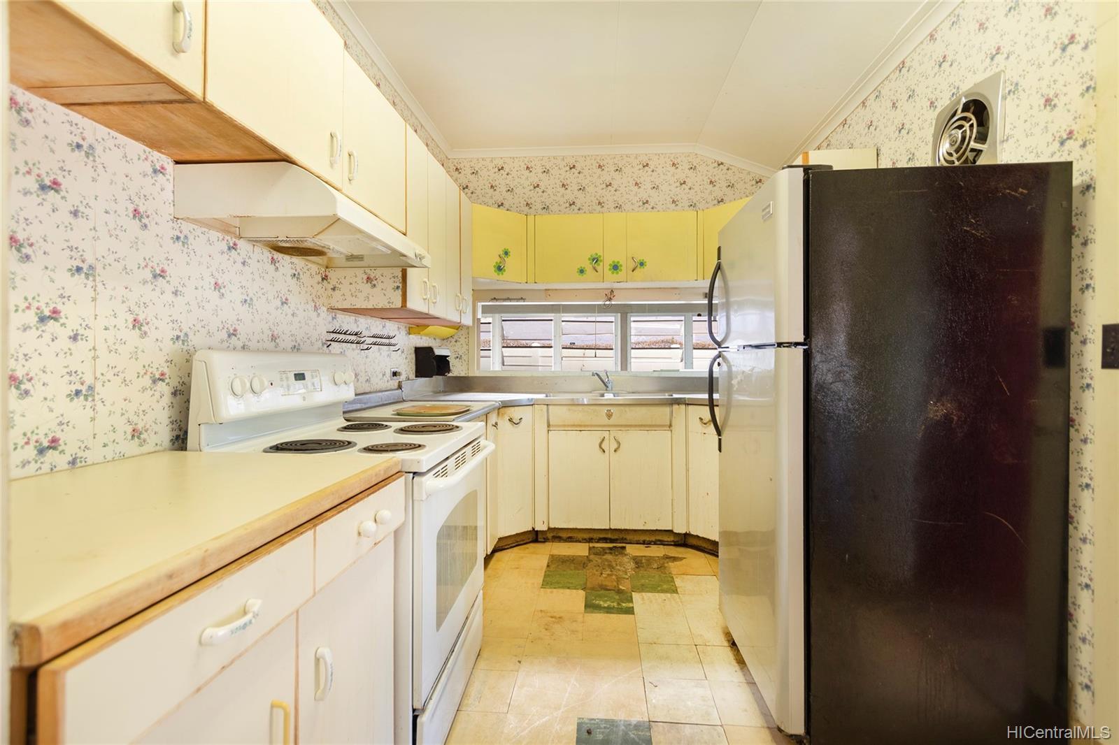 729  12th Ave Kaimuki, Diamond Head home - photo 13 of 25
