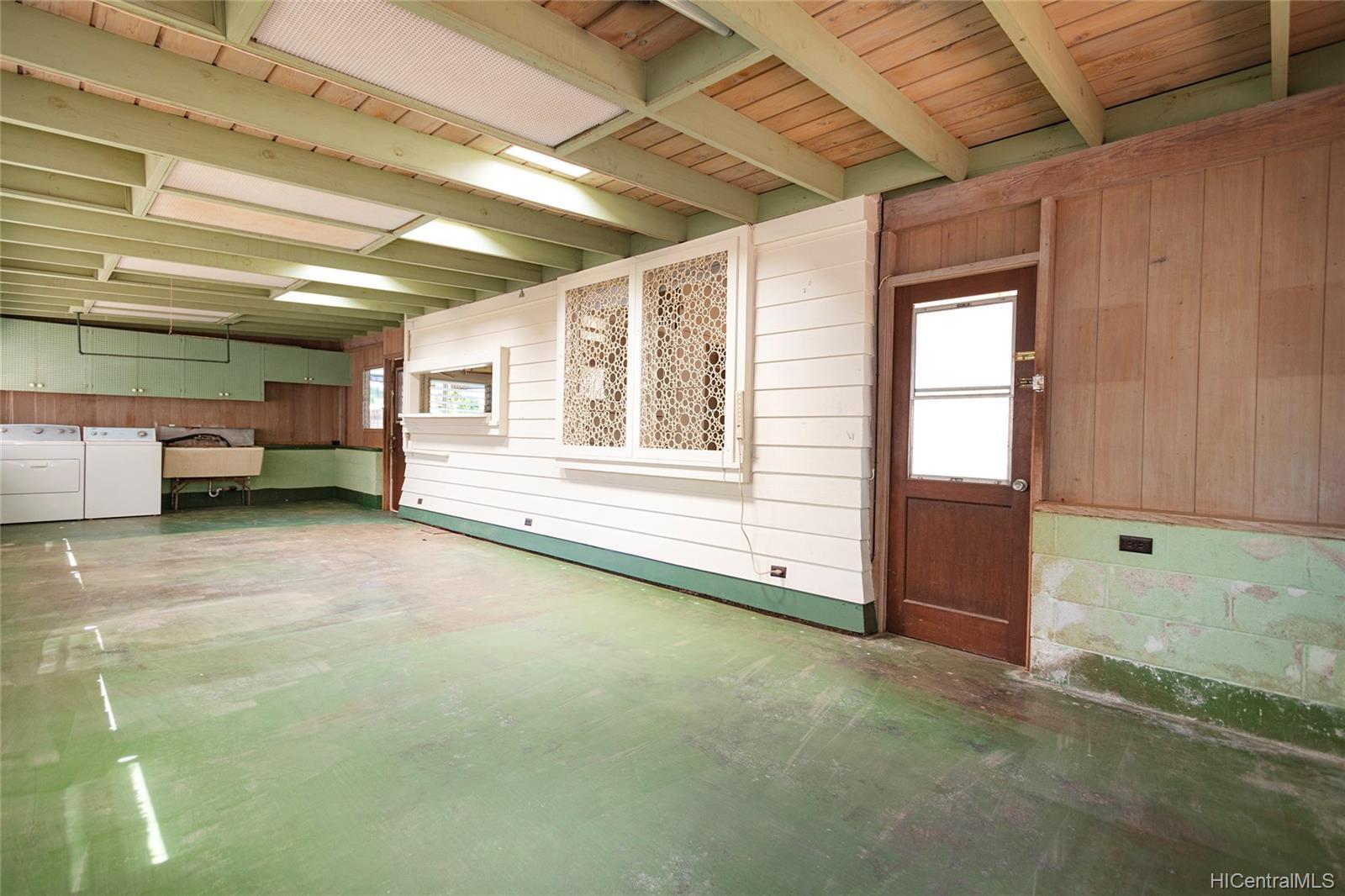 729  12th Ave Kaimuki, Diamond Head home - photo 20 of 25
