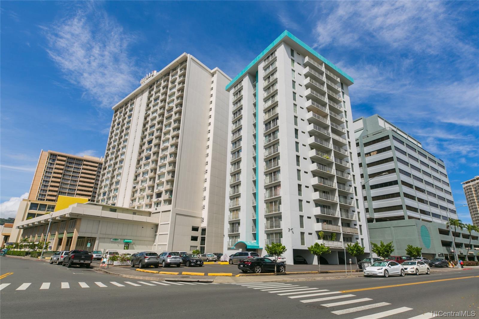 Coty Tower condo # 403, Honolulu, Hawaii - photo 1 of 21