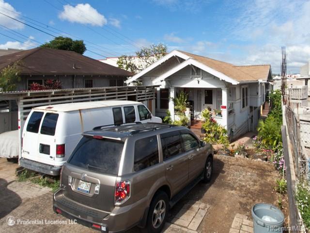 732 Bannister St Honolulu - Multi-family - photo 0 of 10