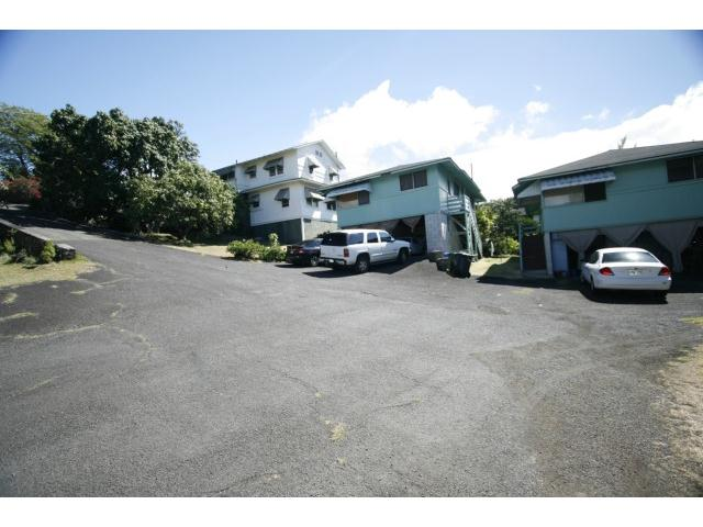 739  N Judd St Liliha, Honolulu home - photo 1 of 7