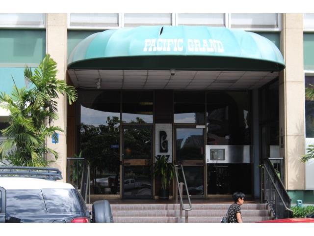 Pacific Grand condo # 1012, Honolulu, Hawaii - photo 2 of 9