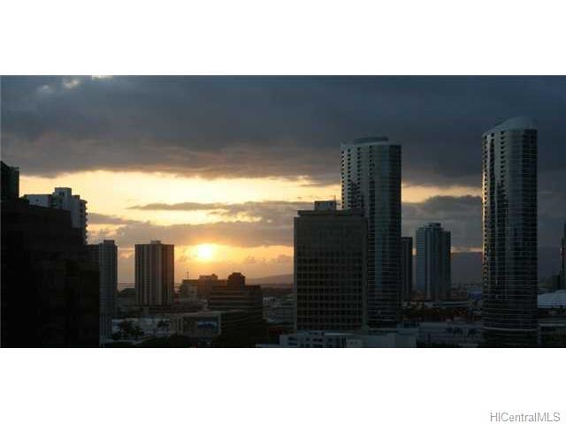 Pacific Grand condo # 1520, Honolulu, Hawaii - photo 5 of 10
