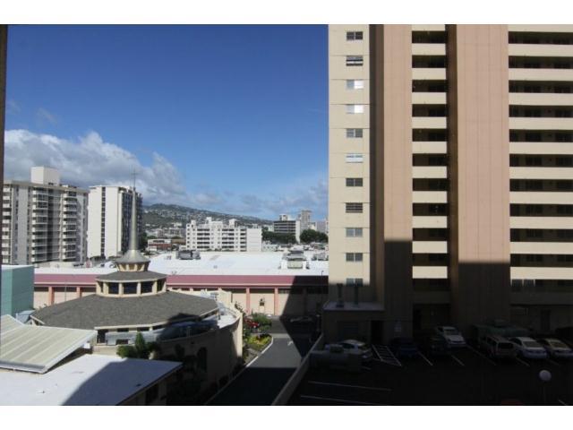 Pacific Grand condo # 606, Honolulu, Hawaii - photo 2 of 2