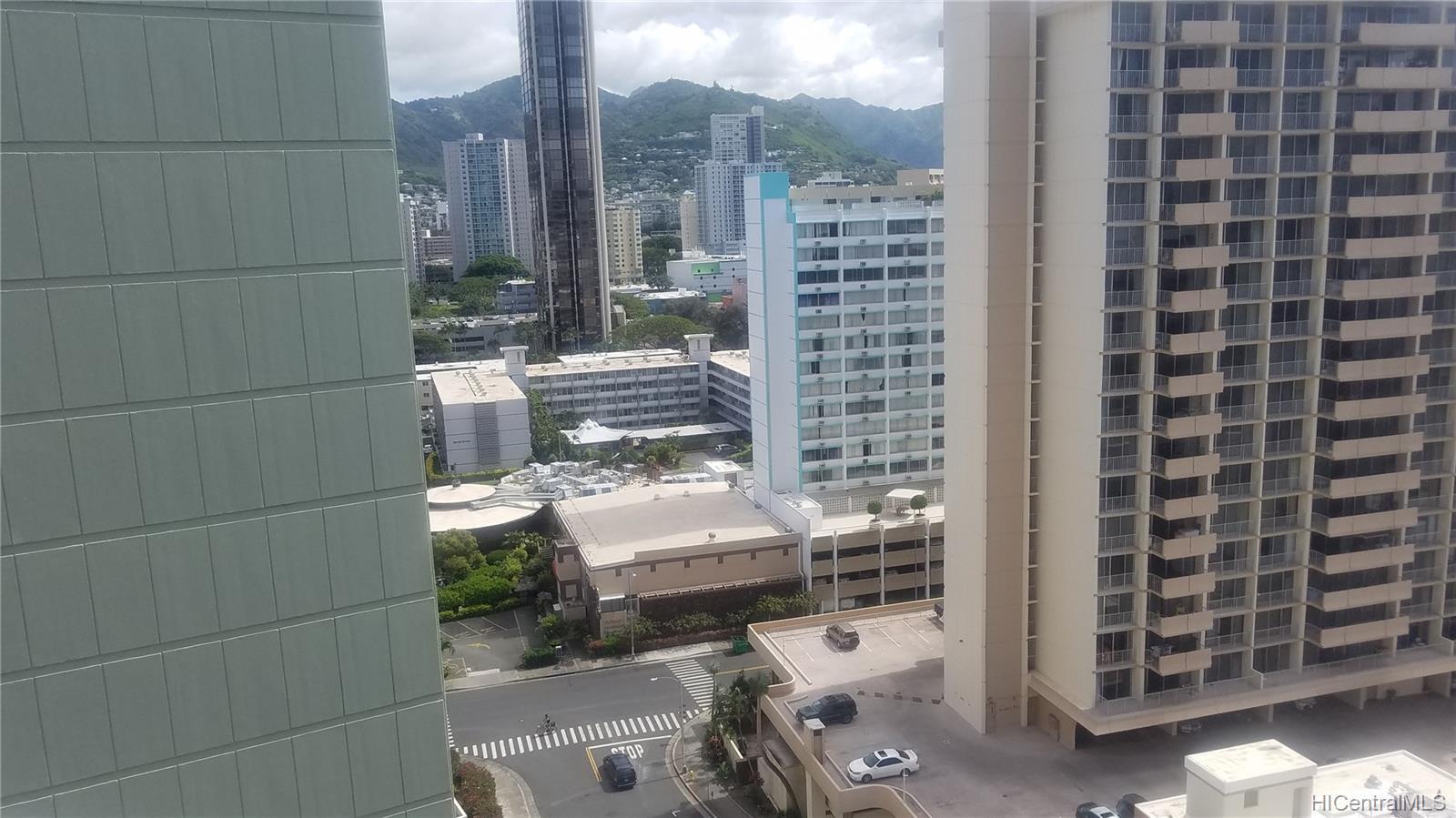 Holiday Village condo # 1705, Honolulu, Hawaii - photo 10 of 18