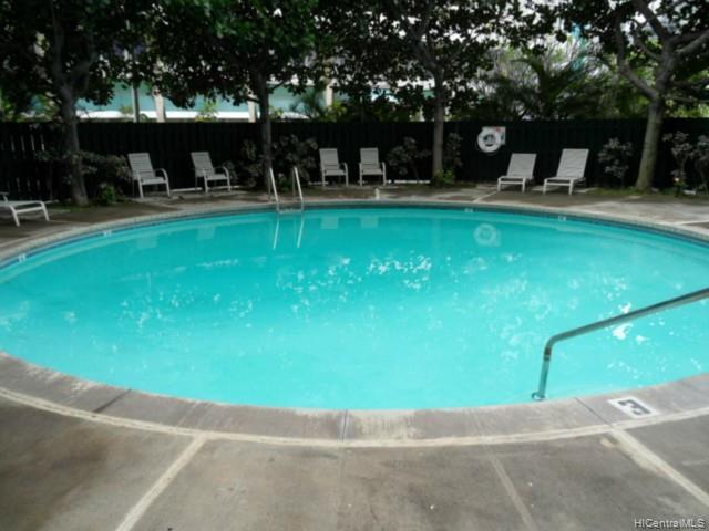 Holiday Village condo # 409, Honolulu, Hawaii - photo 3 of 10