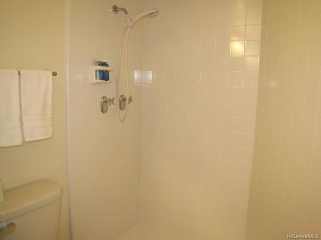 Holiday Village condo # 603, Honolulu, Hawaii - photo 5 of 5