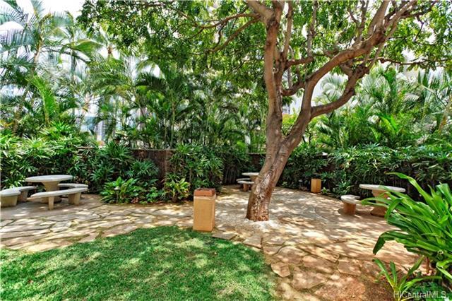Holiday Village condo # 609, Honolulu, Hawaii - photo 9 of 14