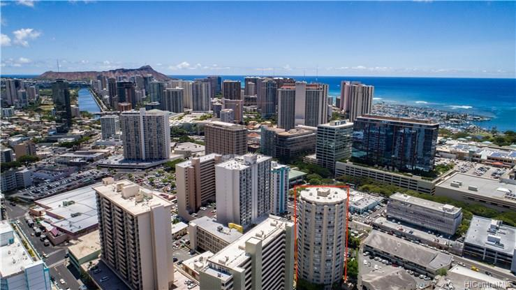 Holiday Village condo # 905, Honolulu, Hawaii - photo 21 of 23