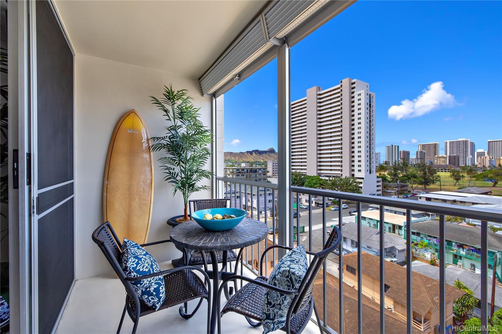 Sun Hala condo # 808, Honolulu, Hawaii - photo 1 of 19
