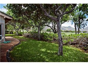 7738  Kalohelani Pl Queens Gate, Hawaii Kai home - photo 18 of 20