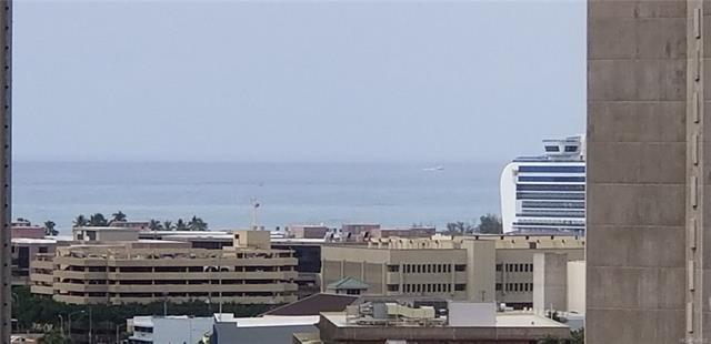 Kinau Lanais condo #1102, Honolulu, Hawaii - photo 1 of 14