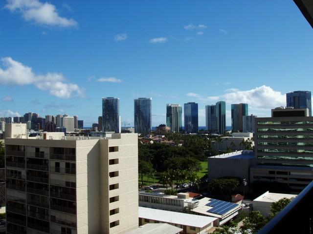 Kinau Lanais condo #905, Honolulu, Hawaii - photo 1 of 15