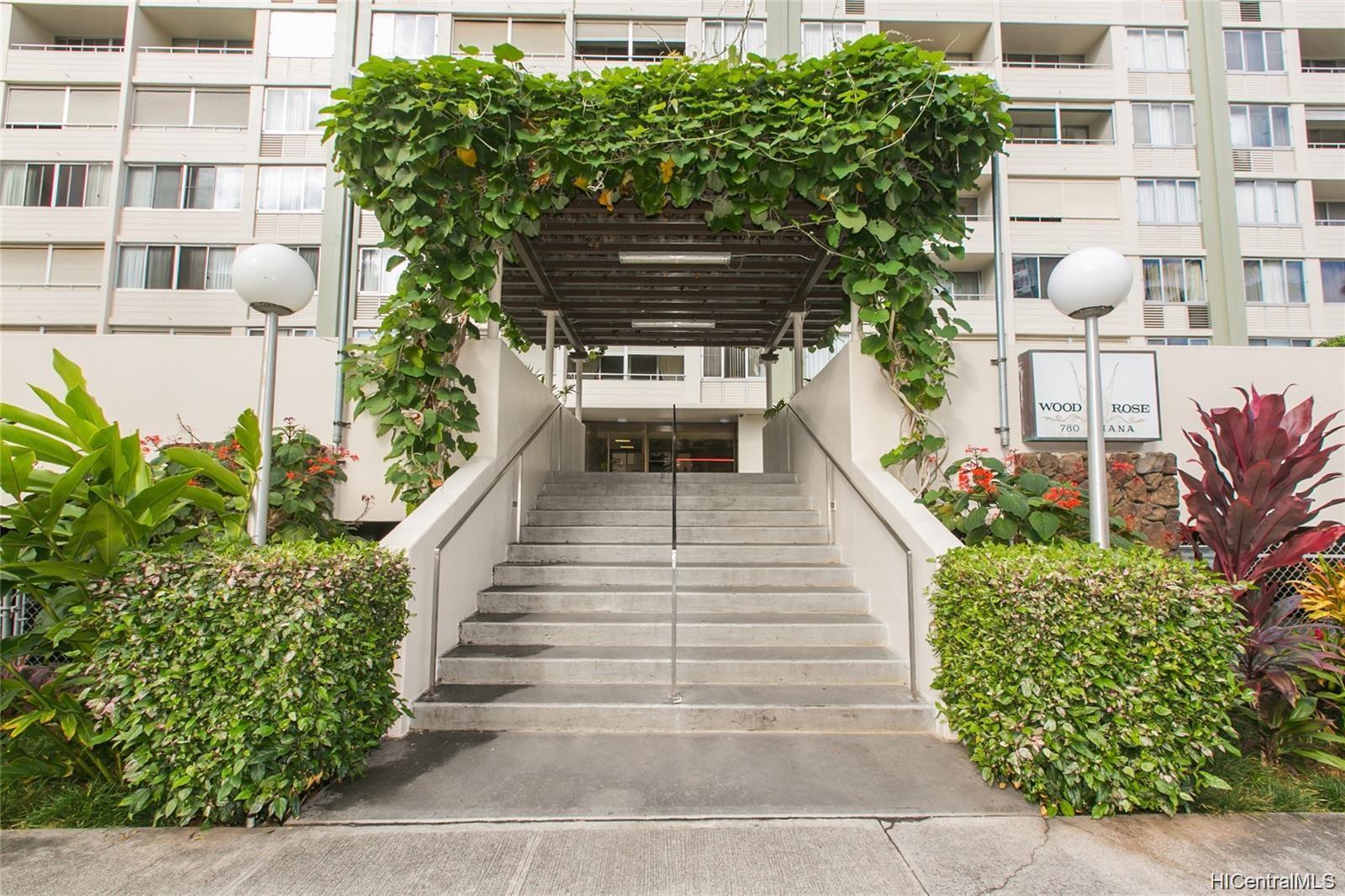 Woodrose condo # 204, Honolulu, Hawaii - photo 2 of 6