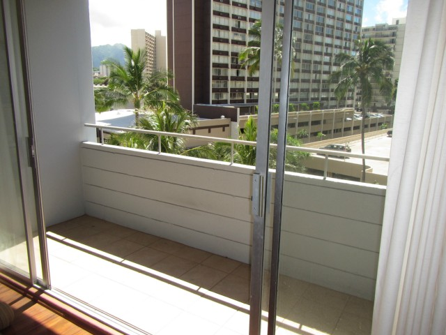 Woodrose condo # 503, Honolulu, Hawaii - photo 11 of 16