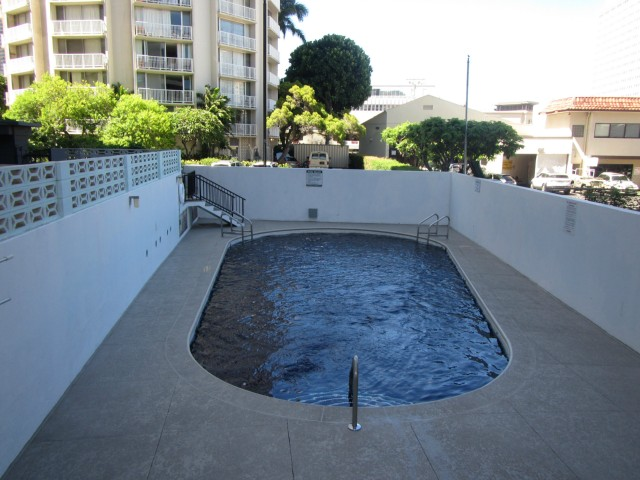 Woodrose condo # 503, Honolulu, Hawaii - photo 13 of 16