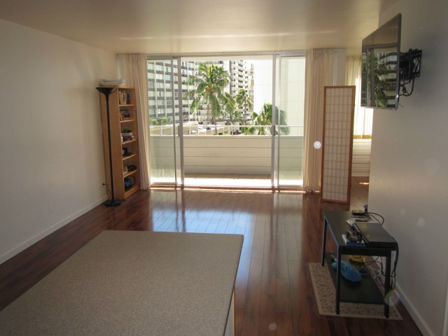 Woodrose condo # 503, Honolulu, Hawaii - photo 4 of 16