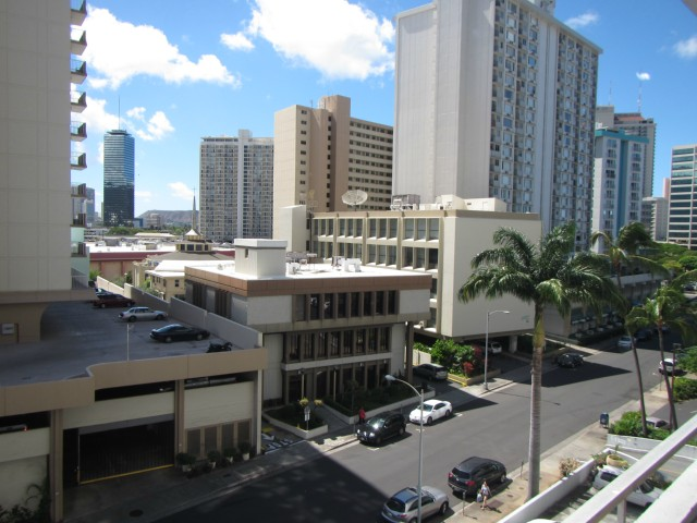 Woodrose condo # 503, Honolulu, Hawaii - photo 10 of 16