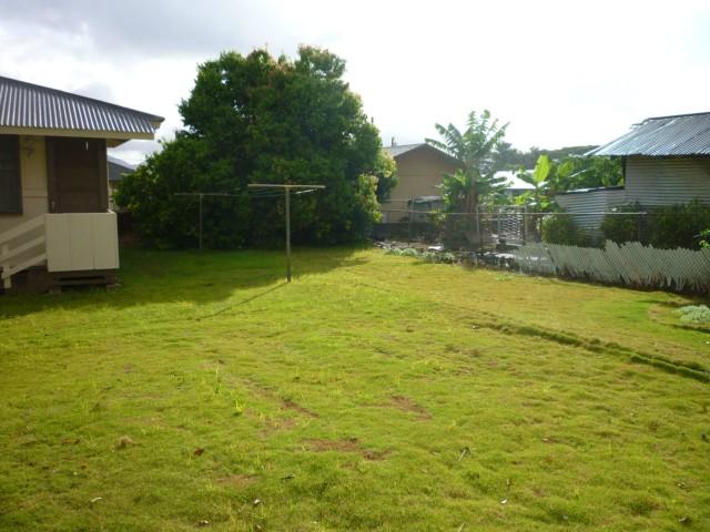 79  Makaweo Ave Wahiawa Area, Central home - photo 8 of 10