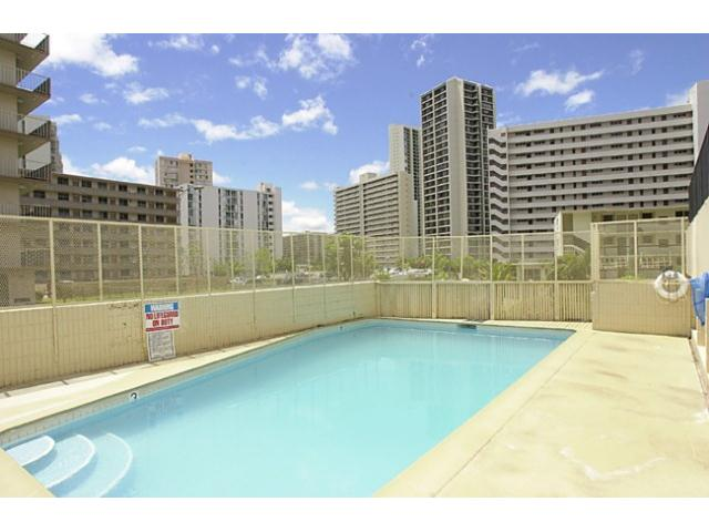 Lakeview Royal condo # 905, Honolulu, Hawaii - photo 15 of 16