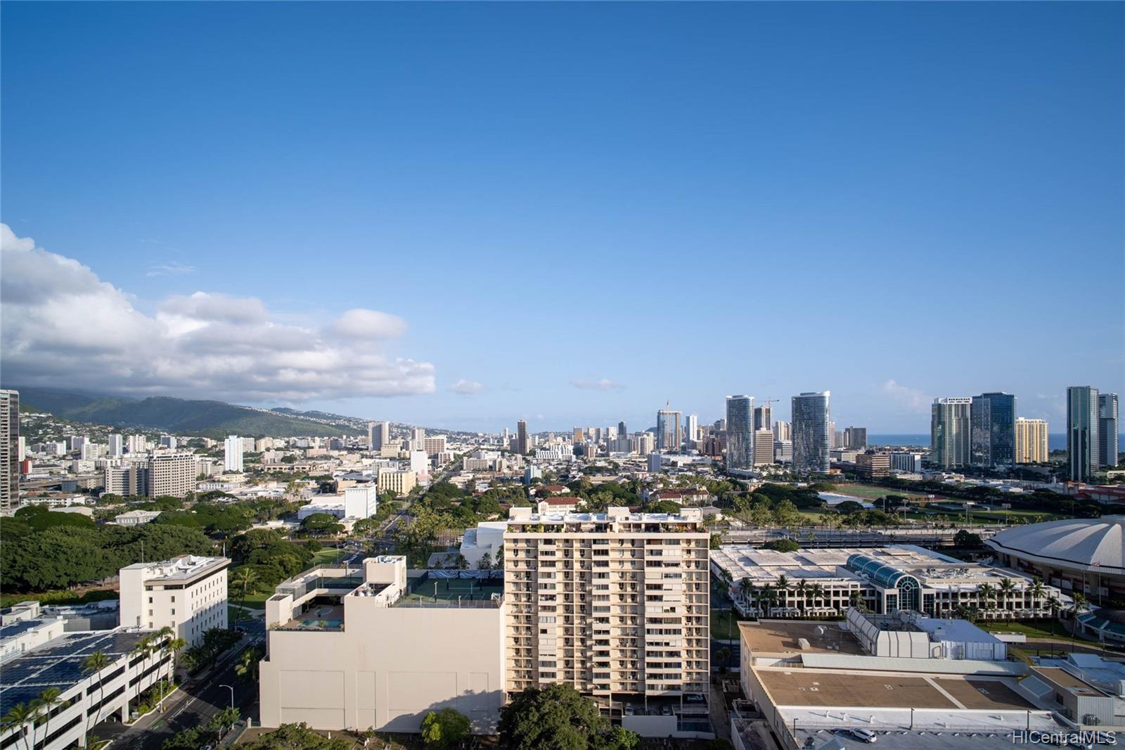 One Archer Lane condo # 2701, Honolulu, Hawaii - photo 11 of 24